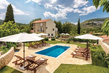 Splendid house near Dubrovnik - Haus