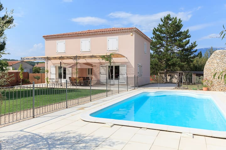 Villa in Provence + swimming pool - Villes-sur-Auzon - House