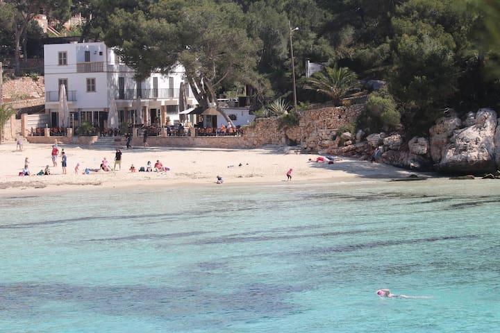 Habitación num 2 en la playa - Cala Santanyí - Bed & Breakfast