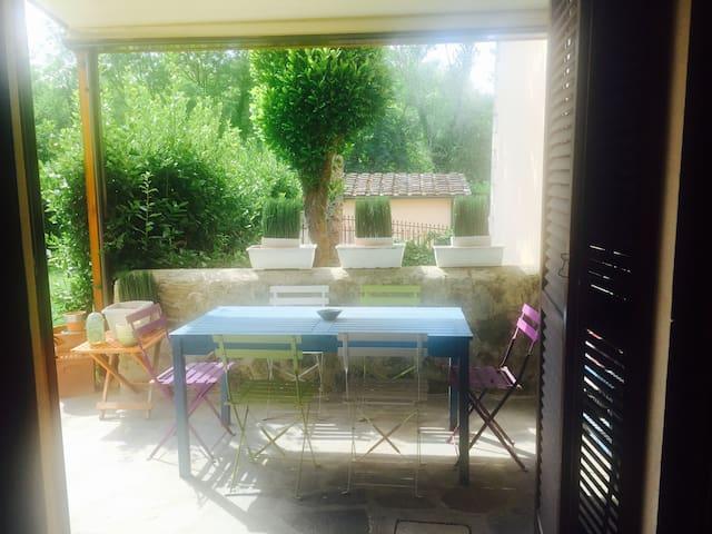 Charmy aptment next to Chianti&City - Falciani - Appartement