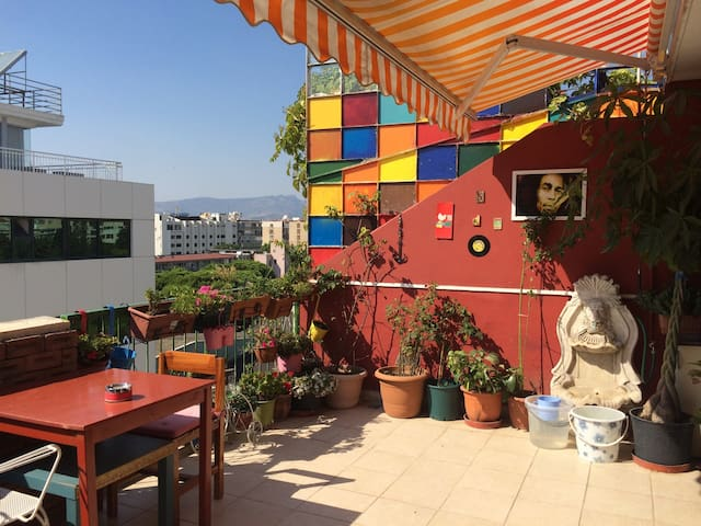 Flat with terrace in Alsancak