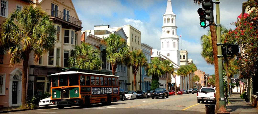 Roomy Downtown Spot, Walk Anywhere! - Charleston - Ev