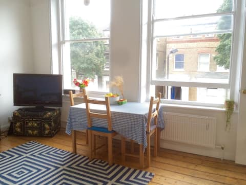 Beautiful two bed in Finsbury Park