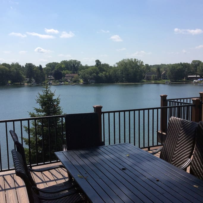Brand new very large composite deck with patio furniture, plenty of shade