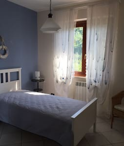 "B&B Ariora ""camera azzurra"" - Francavilla al Mare - Bed & Breakfast"