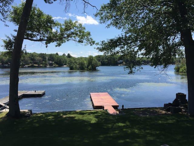 Modern Decor Lake House Bungalow