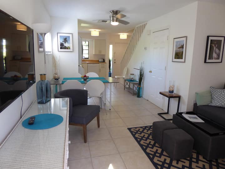 Fort Myers Retreat - Close to Sanibel/Captiva!!