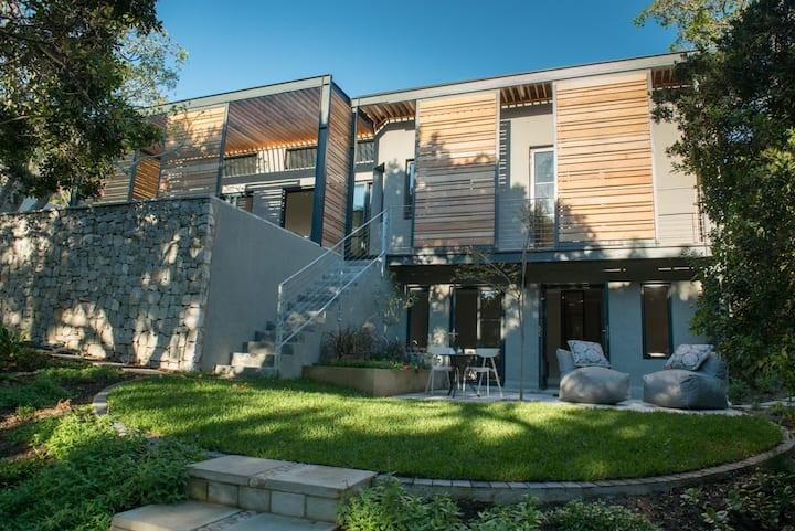 Park House II - designer home 400m from beach
