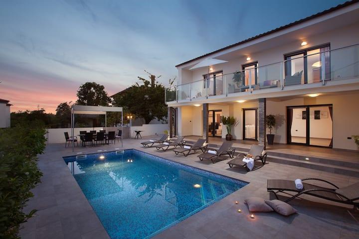 Villa Grey Soul Medulin