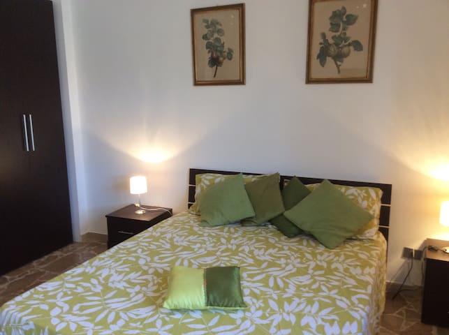 Green apartment, centrale, 5 piano - Alghero - Apartment