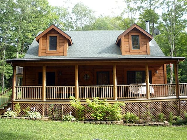 The Smiling Moose Cabin WV - Slaty Fork - Cottage