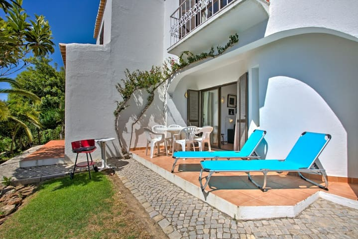 Spacious,with shared pool by beach. - Sesmarias