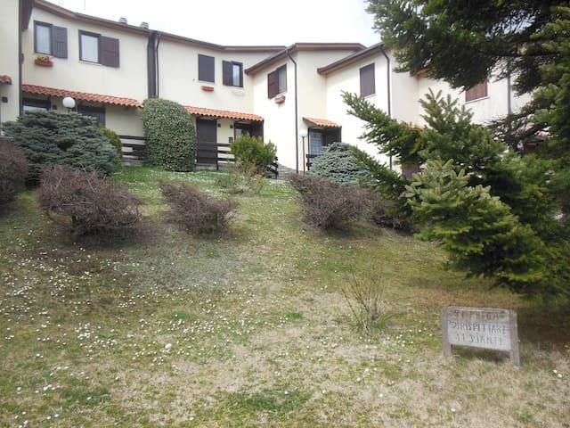 Villa Villacolle d'Elia - Castel di Sangro - Casa