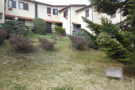 Villa Villacolle d'Elia - Castel di Sangro - House