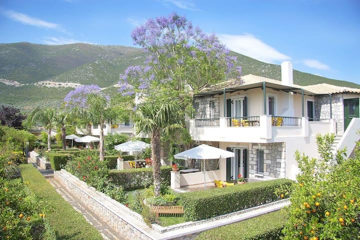Sunny Garden studios - Epidavros - ที่พักพร้อมอาหารเช้า