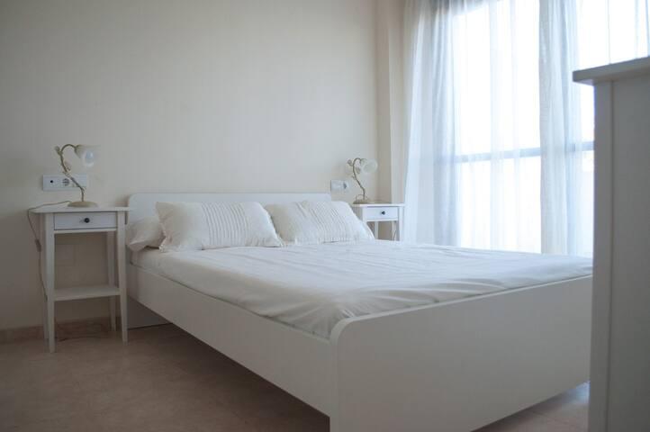Apartamento 3 dormitorios en playa de Puerto Rey - Playas de Vera - Wohnung