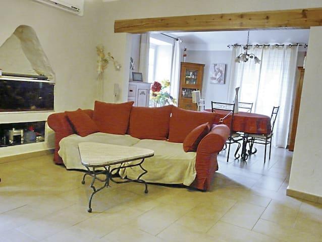 Maison de village calme proche vill - Omessa - Rekkehus