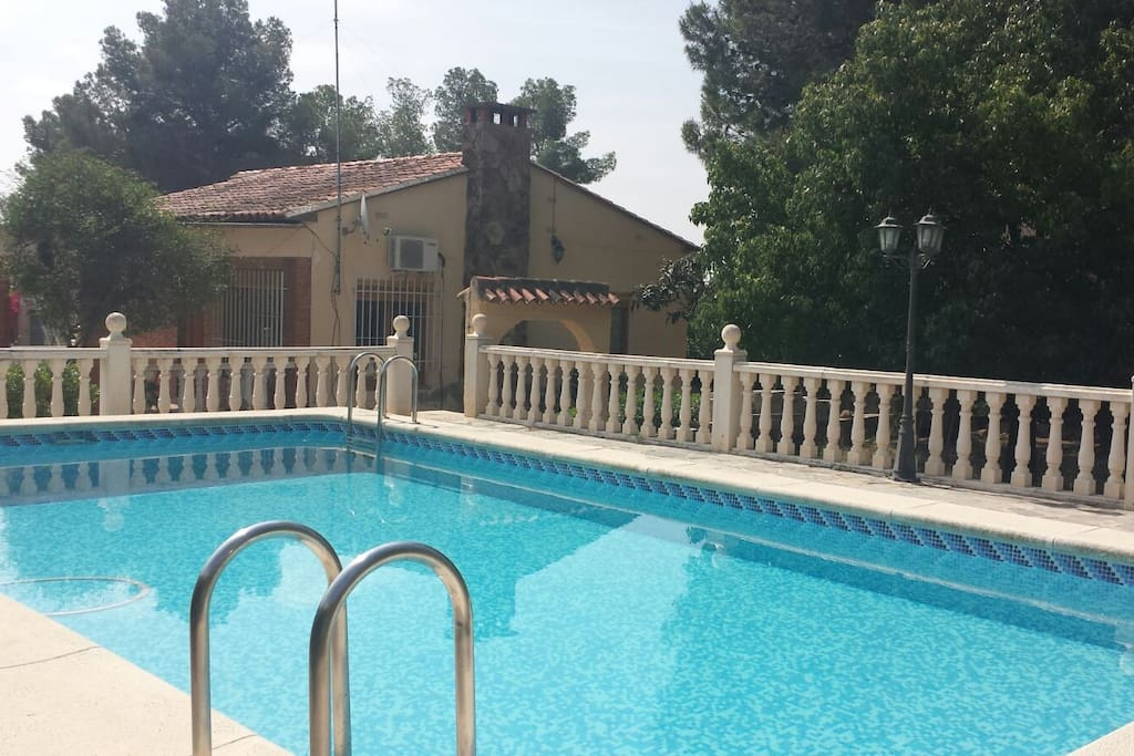 chalet con piscina privada chalets for rent in la eliana
