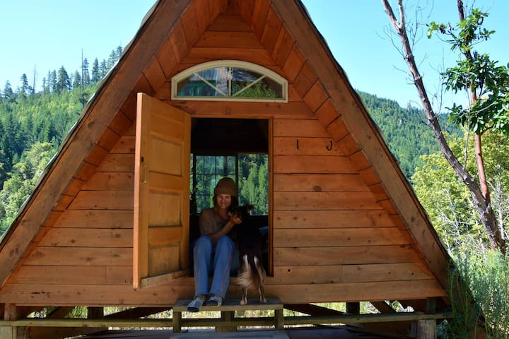 A-Frame Rustic Off-Grid Cabin @MMV Ecovillage