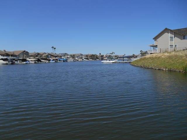 Premier Deep Waterfront w/Dock !!!! - Discovery Bay