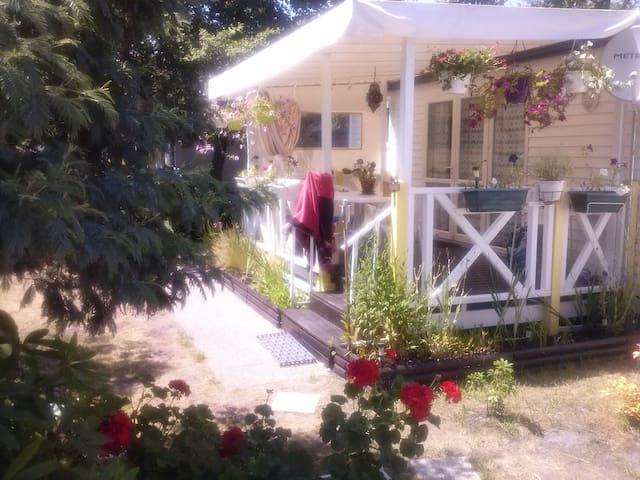 Mobil-home à Hourtin pres Soulac. - Hourtin - Camper/RV