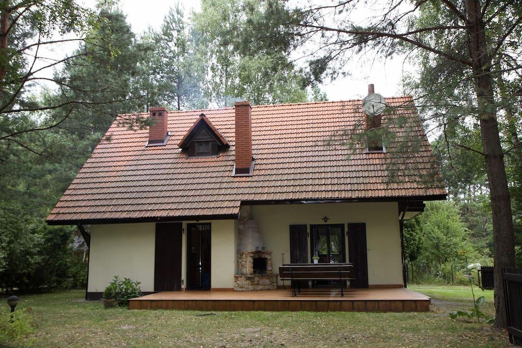 Dom od strony tarasu