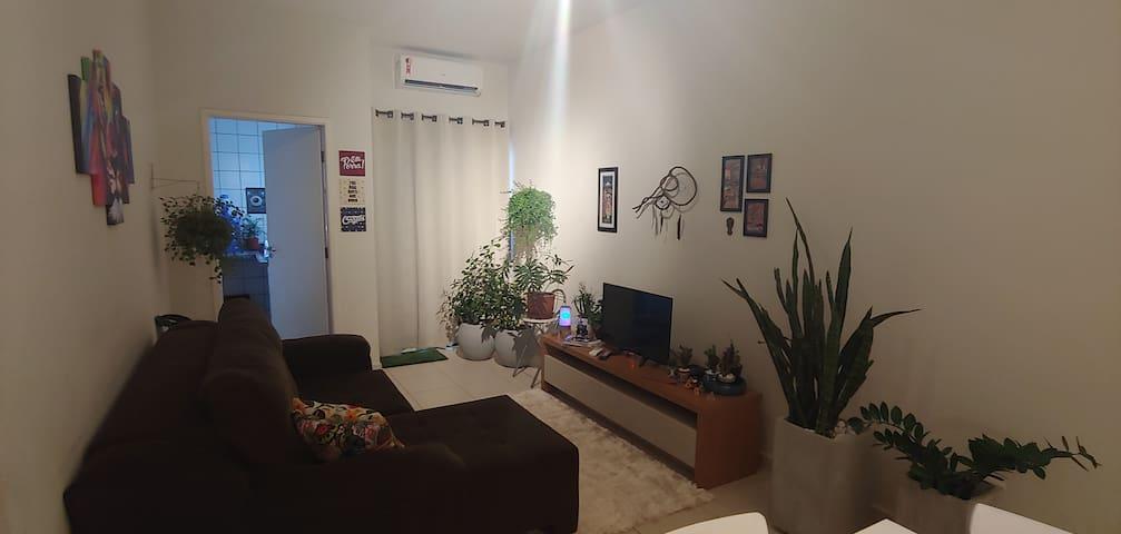 OFERTA/AGO Alugo quarto próx/ ao shopping e Unesp