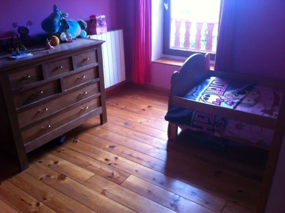 Lit simple Chambre 2
