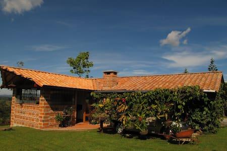 Loft Paraíso de Altavista. Rionegro - Vereda Santa Teresa