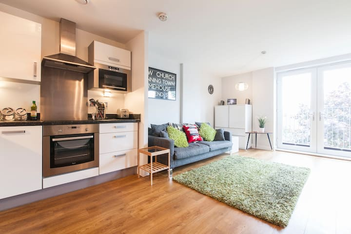 1 Bed Apt with Wifi nr Columbia Road Flower Market