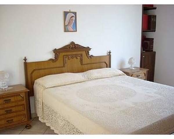 Appartamento in villa, piscina - Torre Colonna-sperone - Apartment