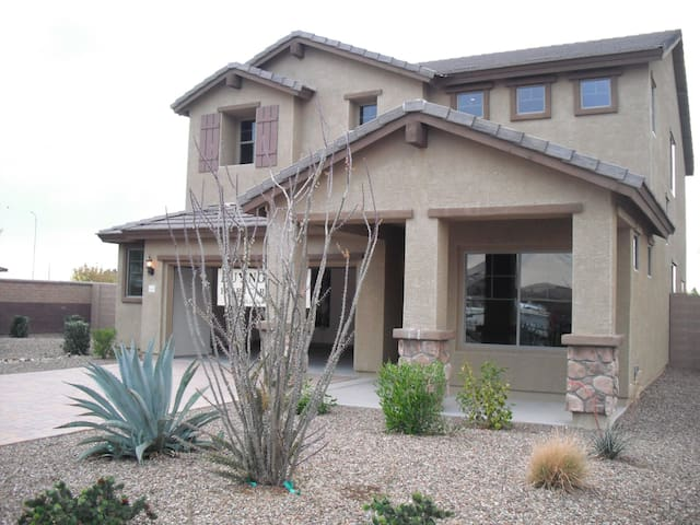 Your  Private Resort-1 Week Minimum - Mesa - Casa