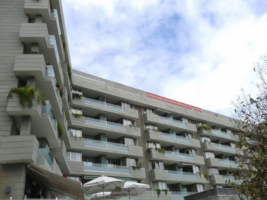 Montecerrao parking terraza apartamentos en alquiler for Terrazas oviedo