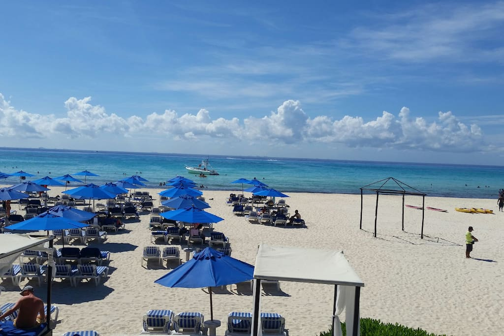 THE REEF - Beach club - for Playacar guests. (Not include food or beverages). You can get a all inclusive day pass at special price.