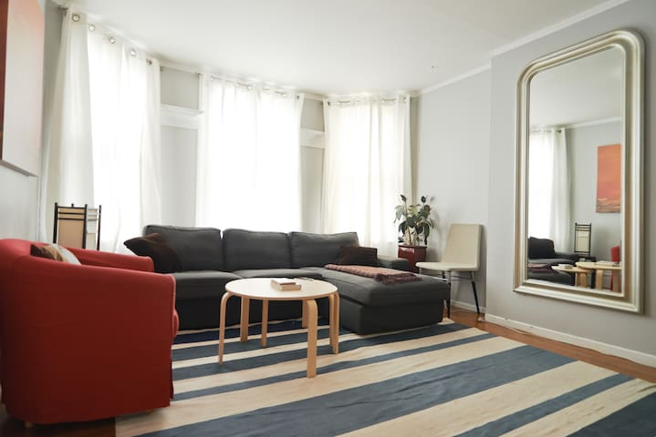 Spacious SF Flat in Duboce Triangle - ซานฟรานซิสโก - อพาร์ทเมนท์