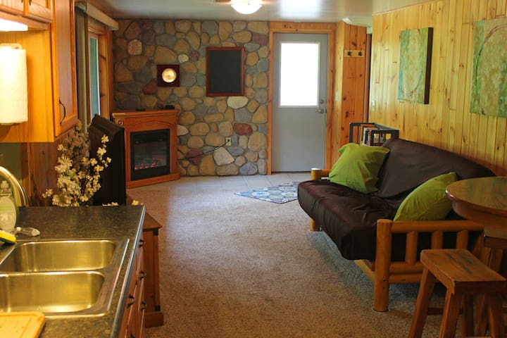 Beautiful, private vacation space! - Hermantown - Byt