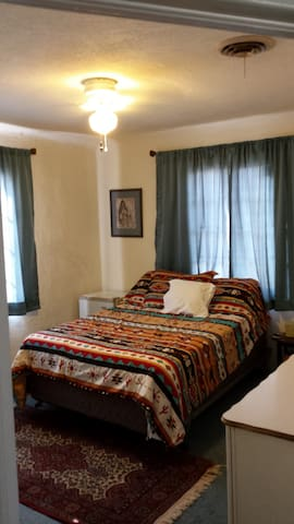Cozy, Adobe House in Mesilla Park - Las Cruces - Huis