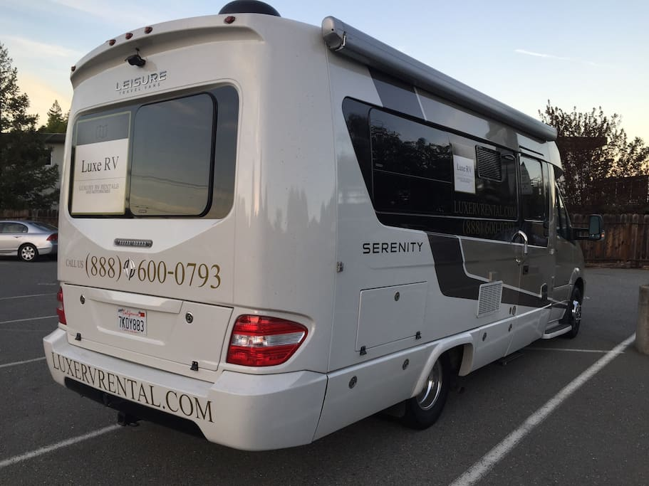 Luxury rv for rent mercedes rv campers rvs for rent in for Mercedes benz luxury rv