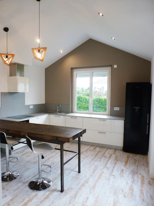 maison 4 chb avec spa privatif 500m grande plage maisons louer saint gilles croix de vie. Black Bedroom Furniture Sets. Home Design Ideas