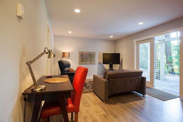 Bright & roomy suite with all the comforts of home