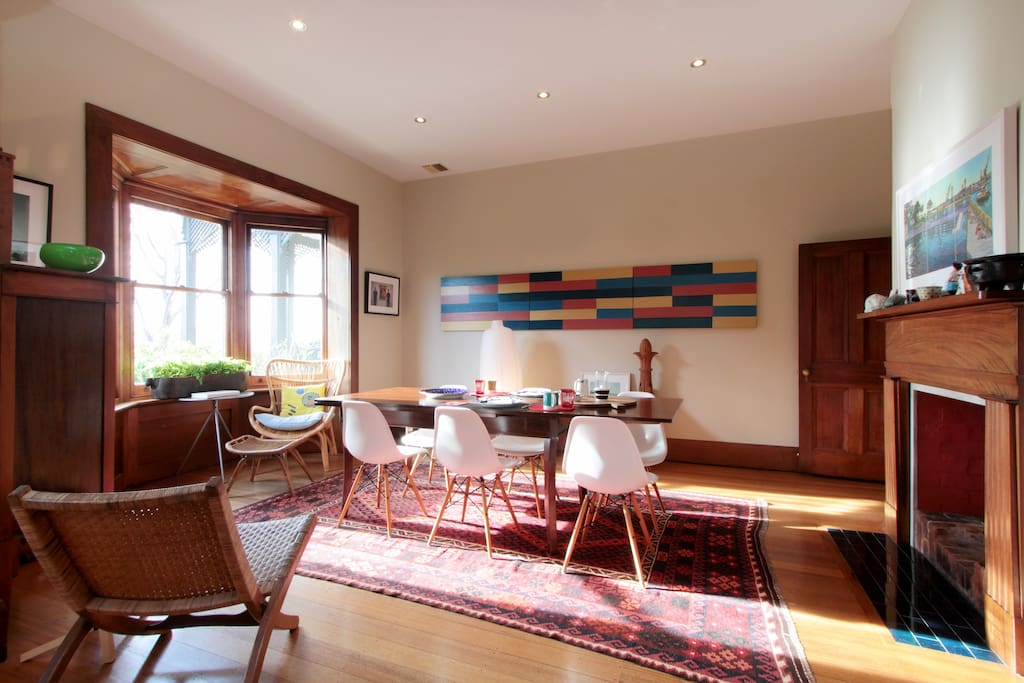 Hobart garden studio houses for rent in west hobart for Best private dining rooms hobart