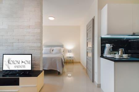 Koroni Home Apartments 4
