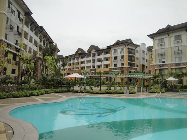 Studio unit ideal for Couples - Davao City - Osakehuoneisto