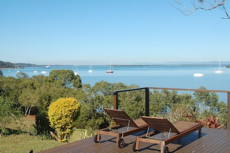 Windsong, a lovely waterfront home - Macleay Island - 独立屋