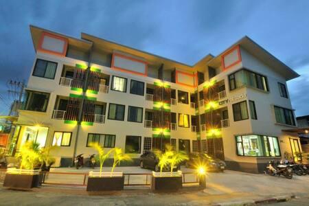 City Ratsada Apartment - Mueng - Lakás