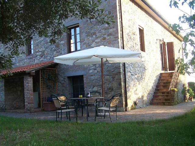 Apartment in organic farm - Santa Luce - Leilighet
