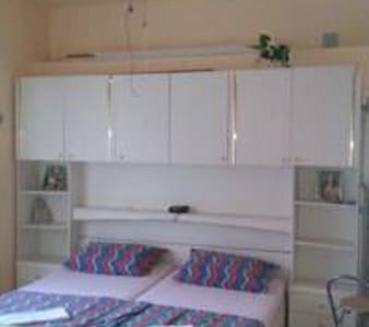 WHITE - studio apartment - sea wiew - Karlobag