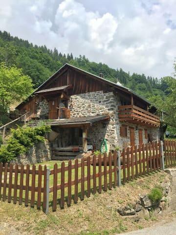 Baita Beniamino. L'accoglienza in montagna - Roncegno Terme - Mökki