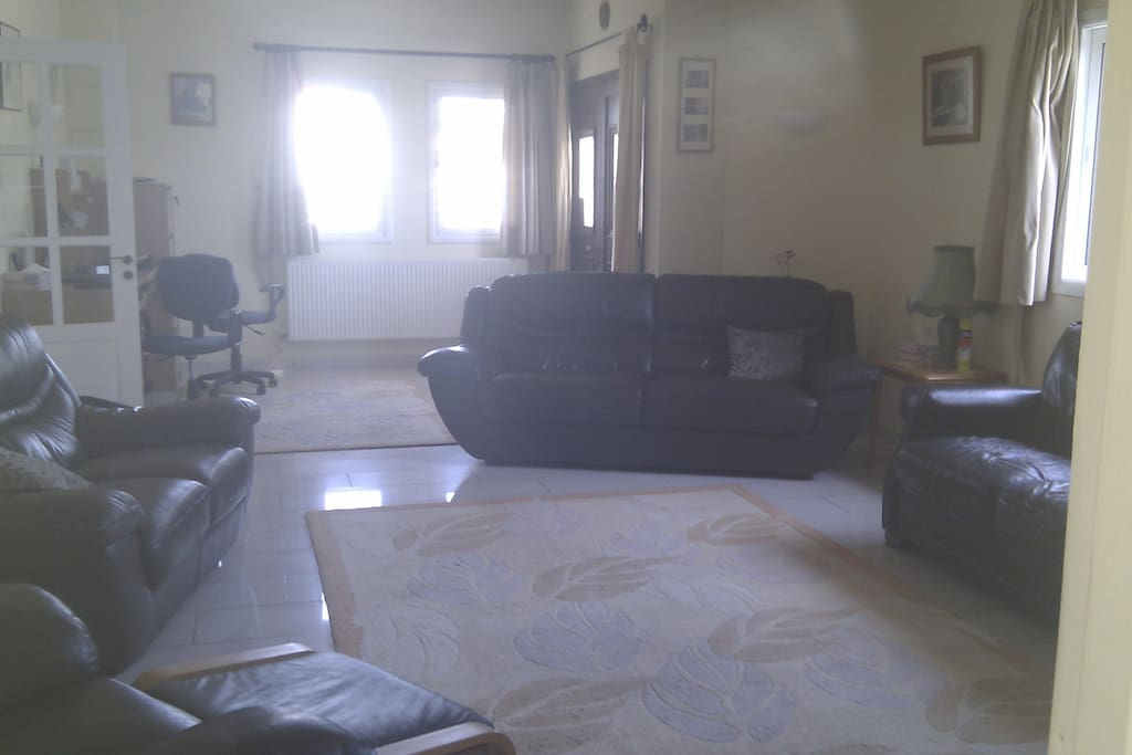 Large lounge (shared with owner), cable tv, internet and log burner/air con