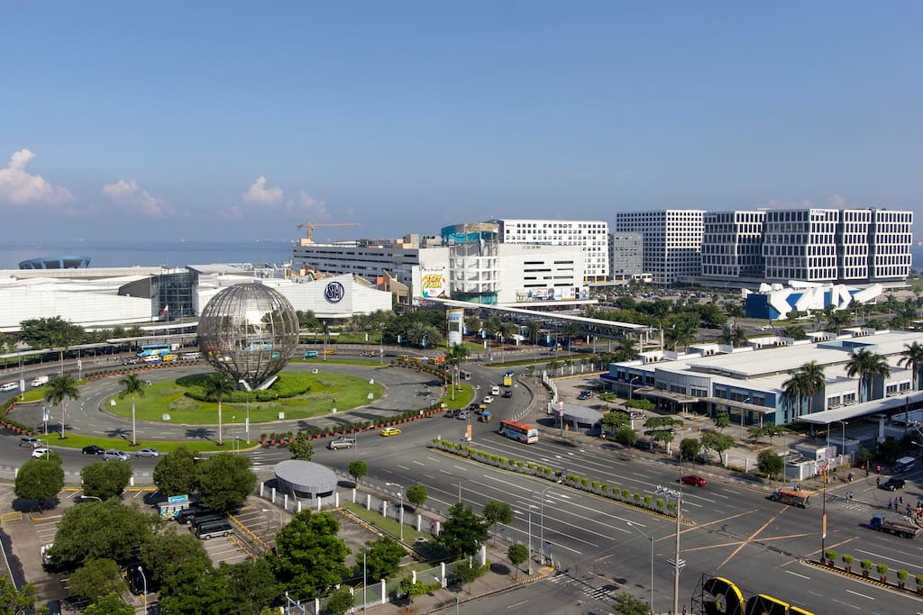 Marjorie S Crib The Mall Of Asia 2 Bedroom
